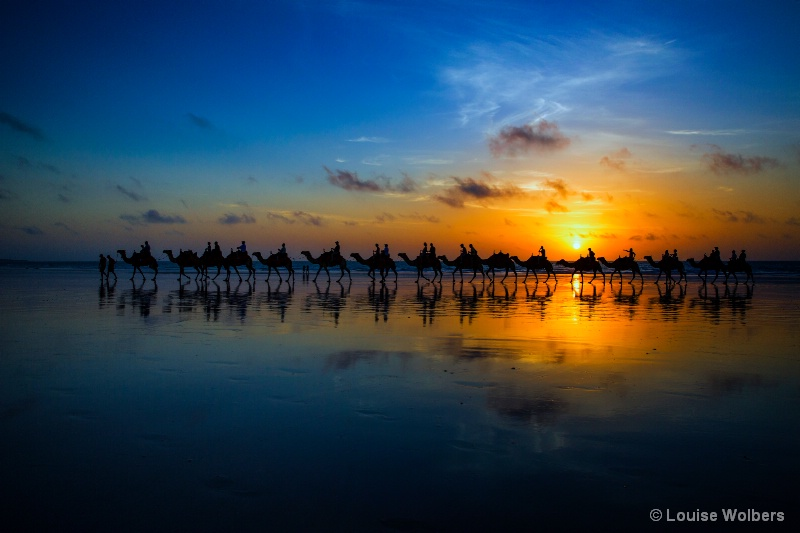 Sunset Camel Ride - ID: 14954505 © Louise Wolbers