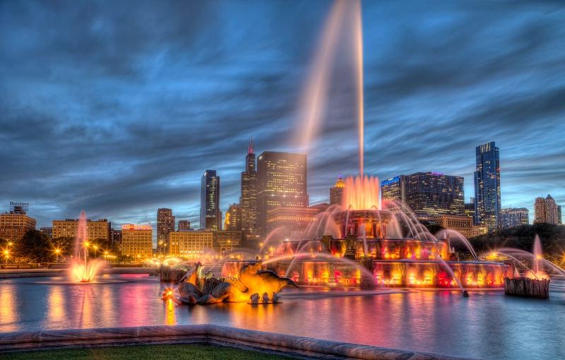 Buckingham Fountain - ID: 14954720 © Leslie McLain