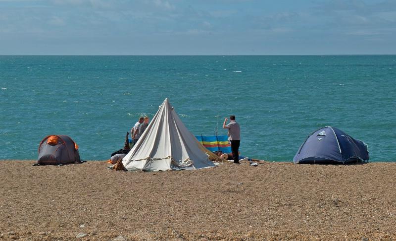 Fishing Tents - ID: 14967194 © Allan King