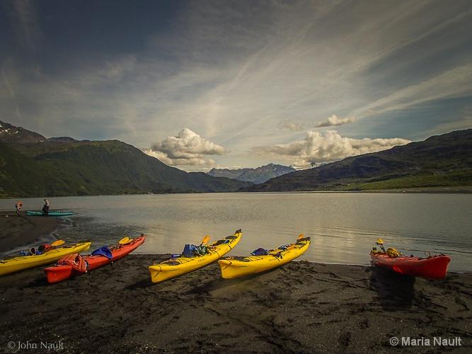 Kayaking in Alaska  - ID: 15000934 © Simply  Nonna