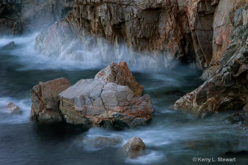 Foggy Waves - ID: 15030394 © Kerry L. Stewart
