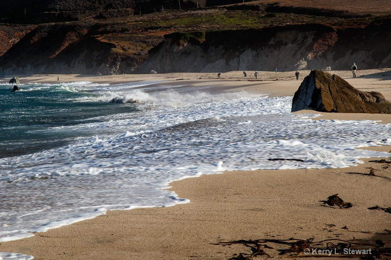 Garrapata Beach - ID: 15030400 © Kerry L. Stewart
