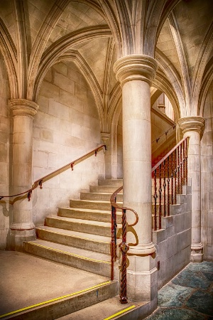Stairway to Crypt