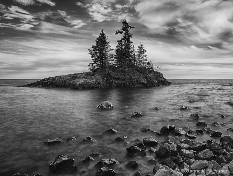 Lovely Island - ID: 15039826 © Roxanne M. Westman