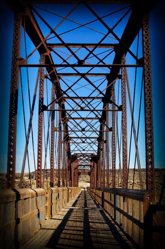Celebration Park Bridge 03 Vignette