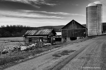Pa. farm near  Bedford B&W