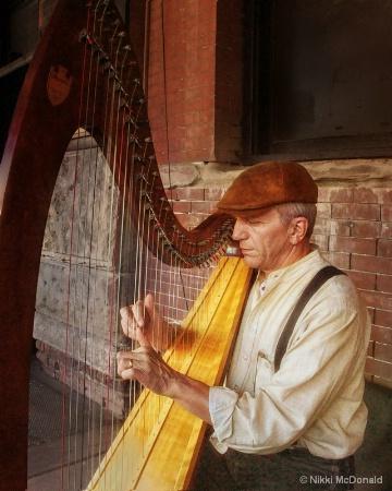 Old Market Harpist