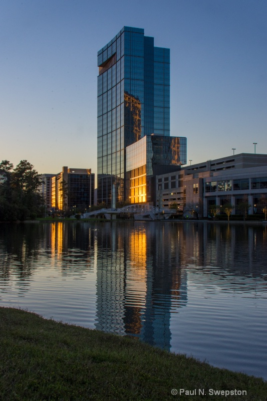 The Woodlands Anadarko Building - small aperture