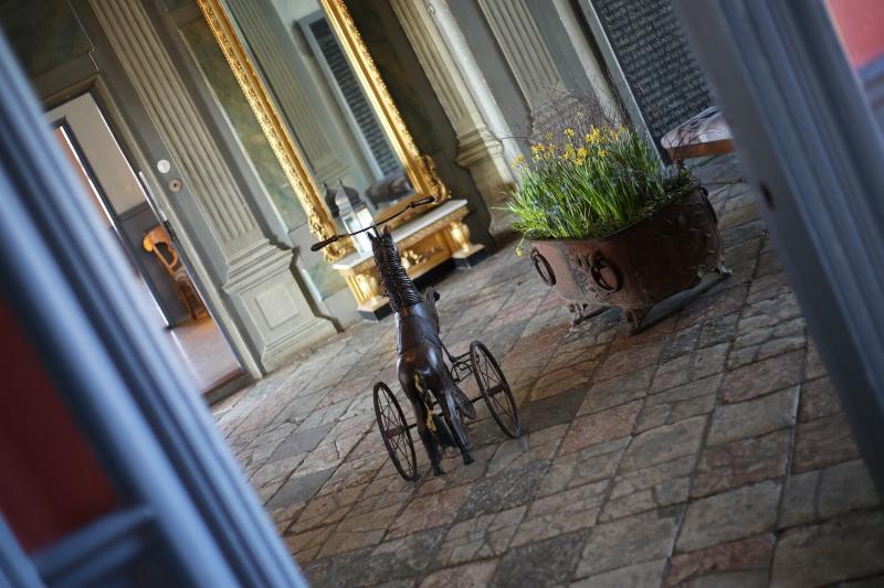 Horse Tricycle - ID: 15115832 © Ilir Dugolli