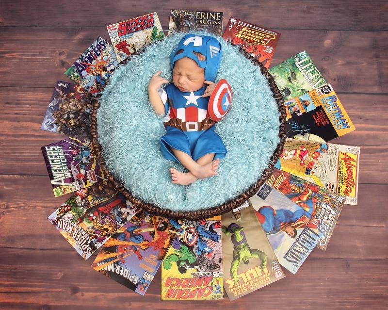 *Little SuperHero*