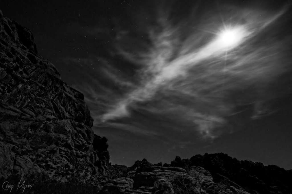 Full Moon, Valley of Fire - ID: 15151976 © Craig W. Myers