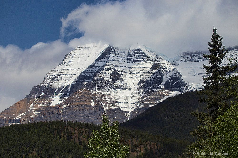 Mt Robson - 12000', highest point in the Canadian  - ID: 15156340 © Robert M. Cooper