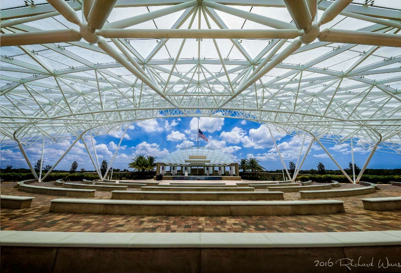 National Cemetery in Sarasota, Florida - ID: 15176670 © Richard M. Waas