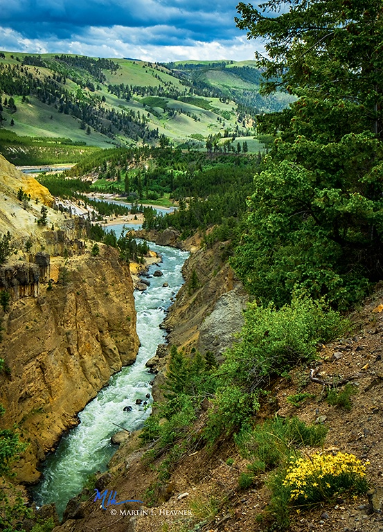 The Narrows - Yellowstone River WY - ID: 15178119 © Martin L. Heavner