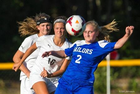 Soccer Quartet: Three heads and a ball