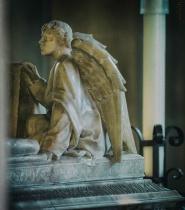 Tomb Angel