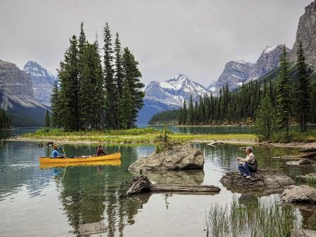 Relaxation on Maligne Lake