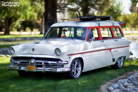 1954 Ford Station Wagon Country Sedan