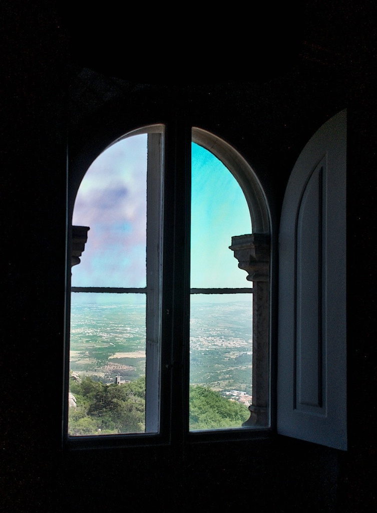 View ron the Castle through a Window - ID: 15211996 © David Resnikoff