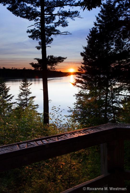 Sunset at Lake Itasca - ID: 15226060 © Roxanne M. Westman