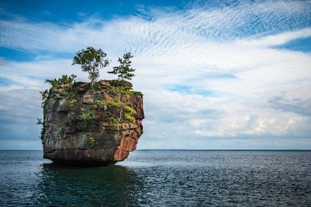 Lone Isle