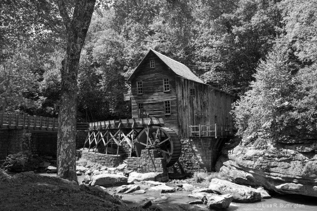 Glade Creek Grist Mill 3 - ID: 15230507 © Lisa R. Buffington