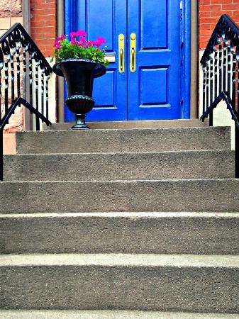 Steps to blue door