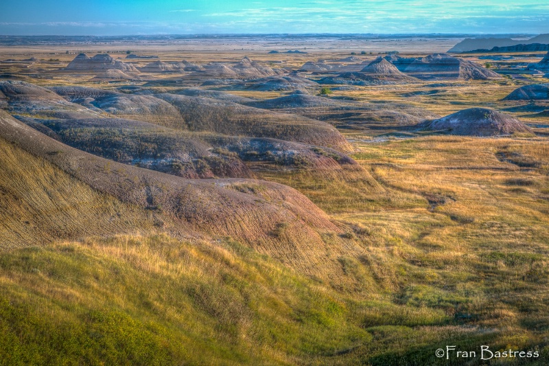 Badlands National Paark - ID: 15240819 © Fran  Bastress
