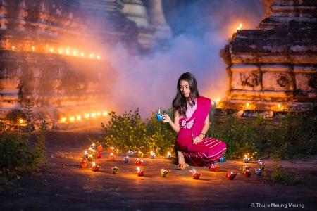 Myanmar Thadingyut Festival