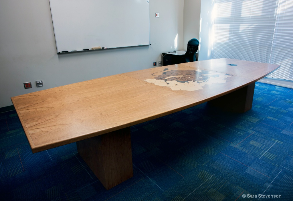 Conference Room Table - ID: 15292709 © Apex 1998-2020