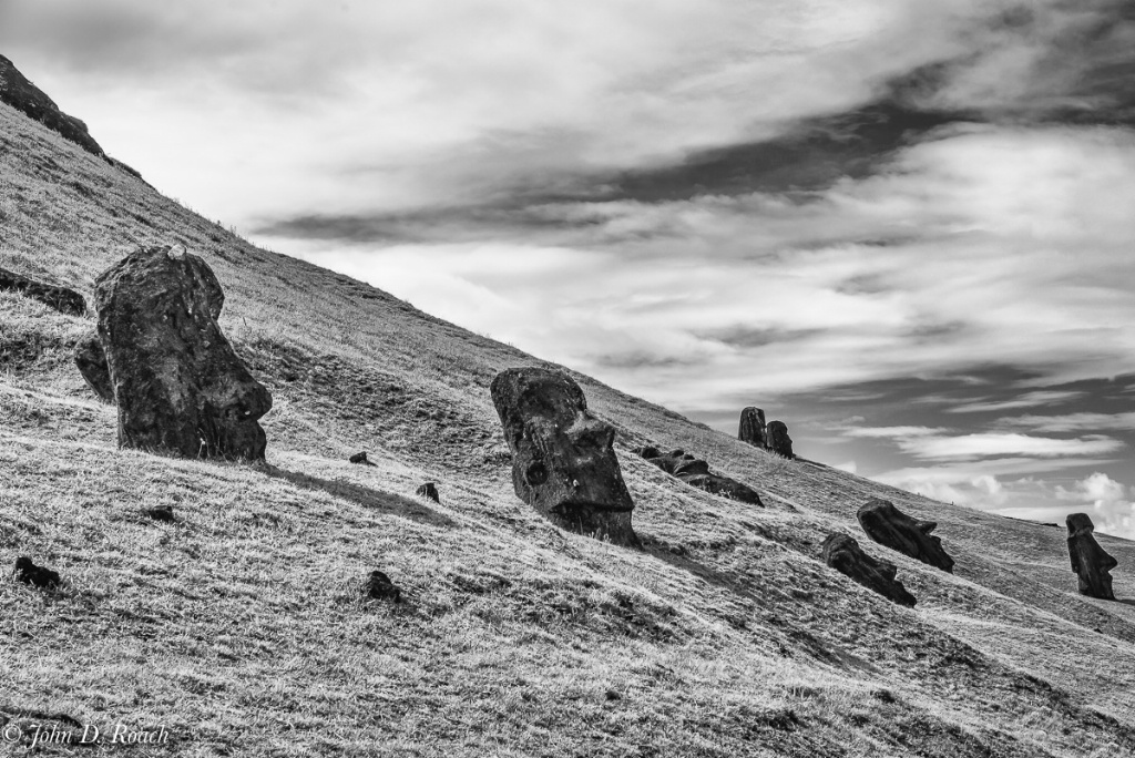 The Mystery of Rapa Nui 2 - ID: 15297963 © John D. Roach