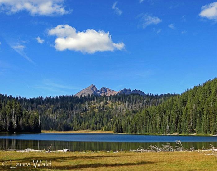 Todd Lake, Bend, Oregon - ID: 15301089 © Laura Wald