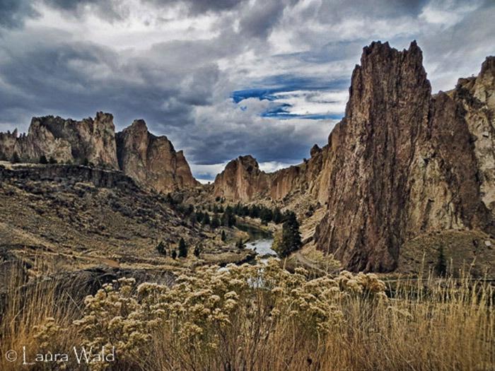 Smith Rock, Oregon - ID: 15301090 © Laura Wald