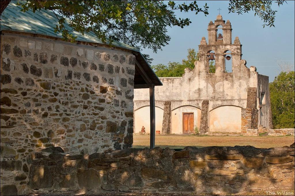 Mission San Juan Horizontal - ID: 15304134 © Thomas R. Wilson