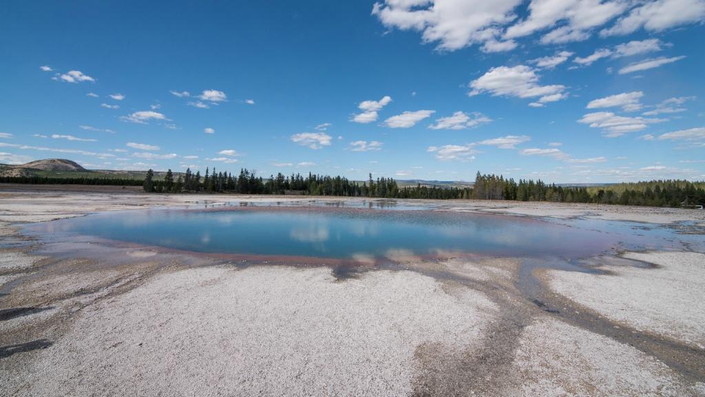 Midway Geyser Basin - ID: 15304669 © Carol Gregoire