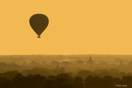 Cruising over Bagan