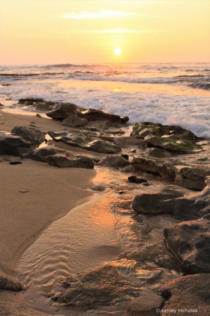 Sunset on the Beach - ID: 15306763 © ashley nicholas