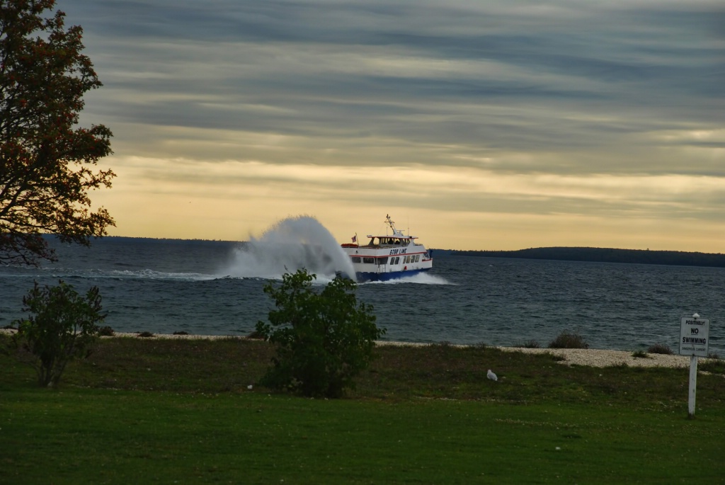 Outgoing Starline Ferry 2