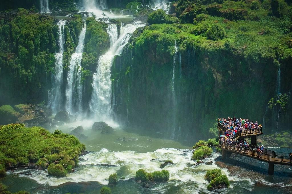 Crowded Overlook, Iguazu Falls - Brazil - ID: 15327699 © Martin L. Heavner