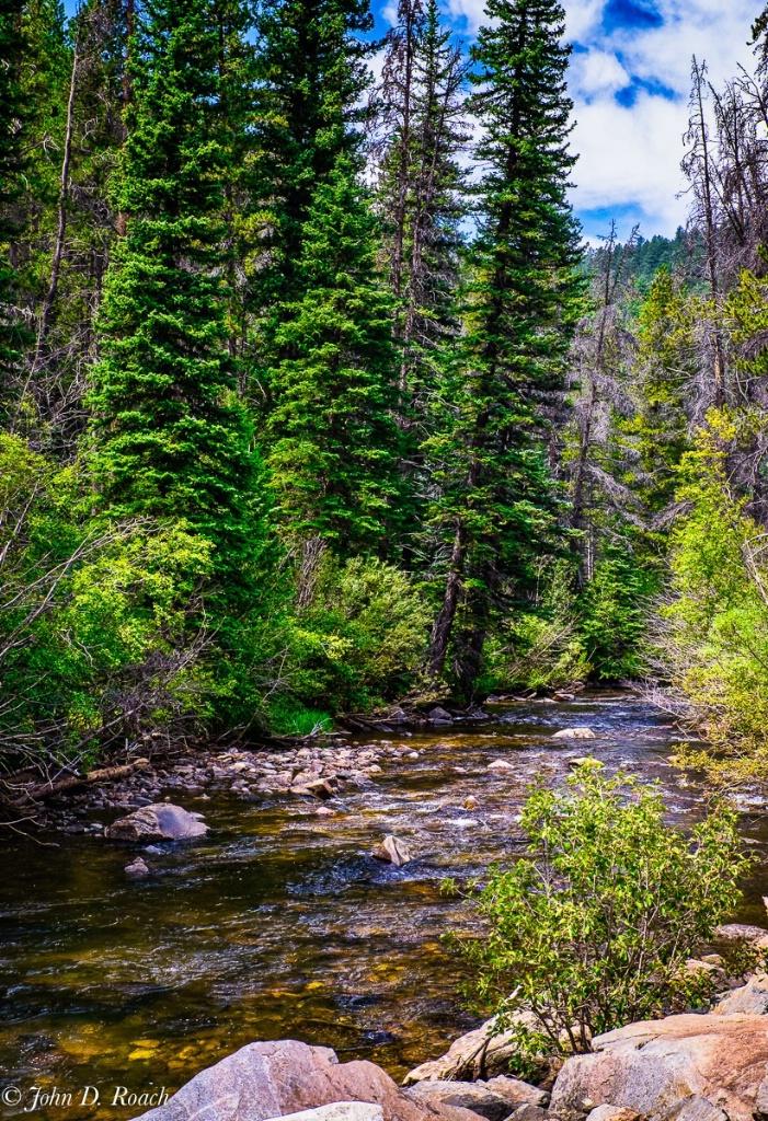 Upper Cache la Poudre River in Colorado - ID: 15345663 © John D. Roach