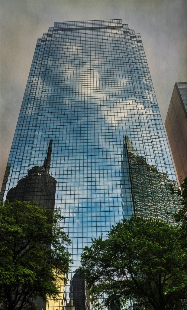 Reflections in Dallas - ID: 15352276 © Thomas L  Willis