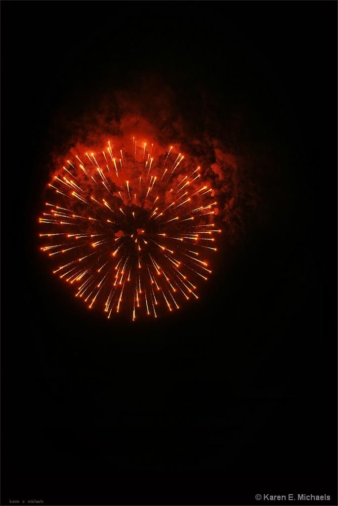 fire in night sky - ID: 15427049 © Karen E. Michaels