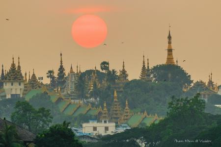 Sun set over pagoda