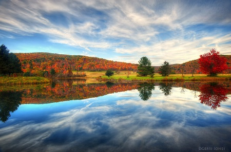 Autumn Mirrored