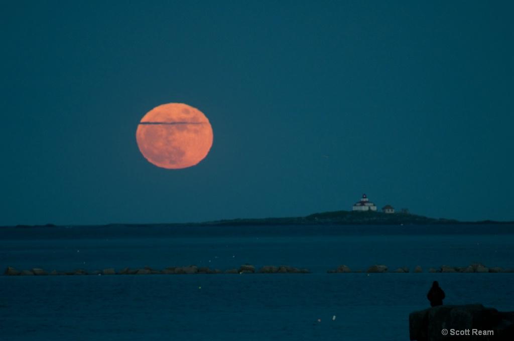 Bar Harbor.2010 Full Moon over Egg Rock 1 - ID: 15488112 © Scott Ream