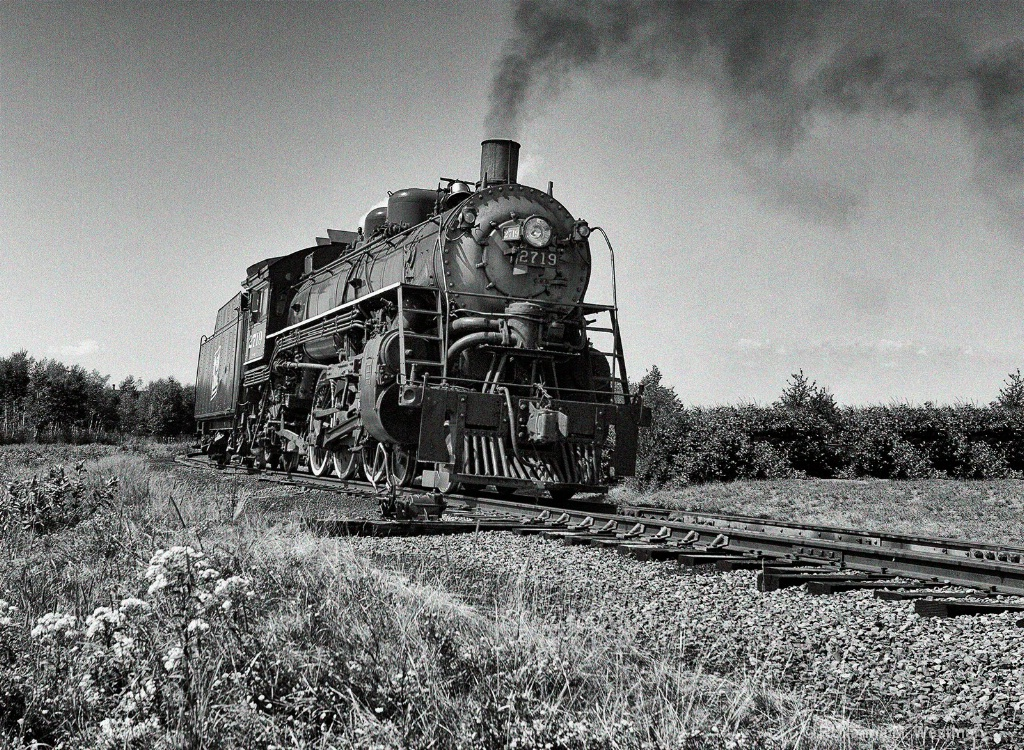 Steam Locomotive Duluth to Two Harbor BW - ID: 15493031 © Roxanne M. Westman
