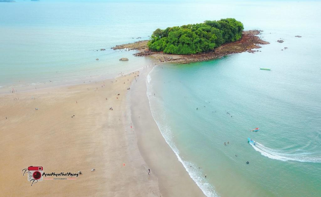 Lover Island - ID: 15505708 © Pyae Phyo Thet Paing