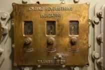 Engine Revolutions Indicator