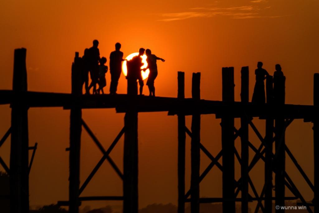 sunset upein bridge