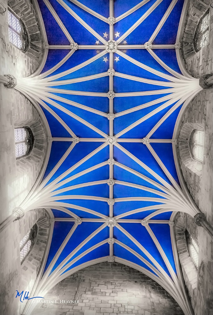 St. Giles' Cathedral - Edinburgh, Scotland - ID: 15513621 © Martin L. Heavner